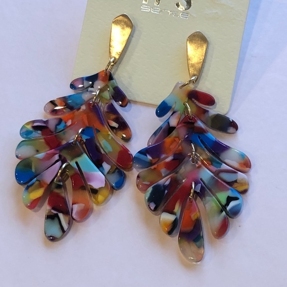Jewelry - Celluloid Acetate Tropical Leaf Dangle Earrings